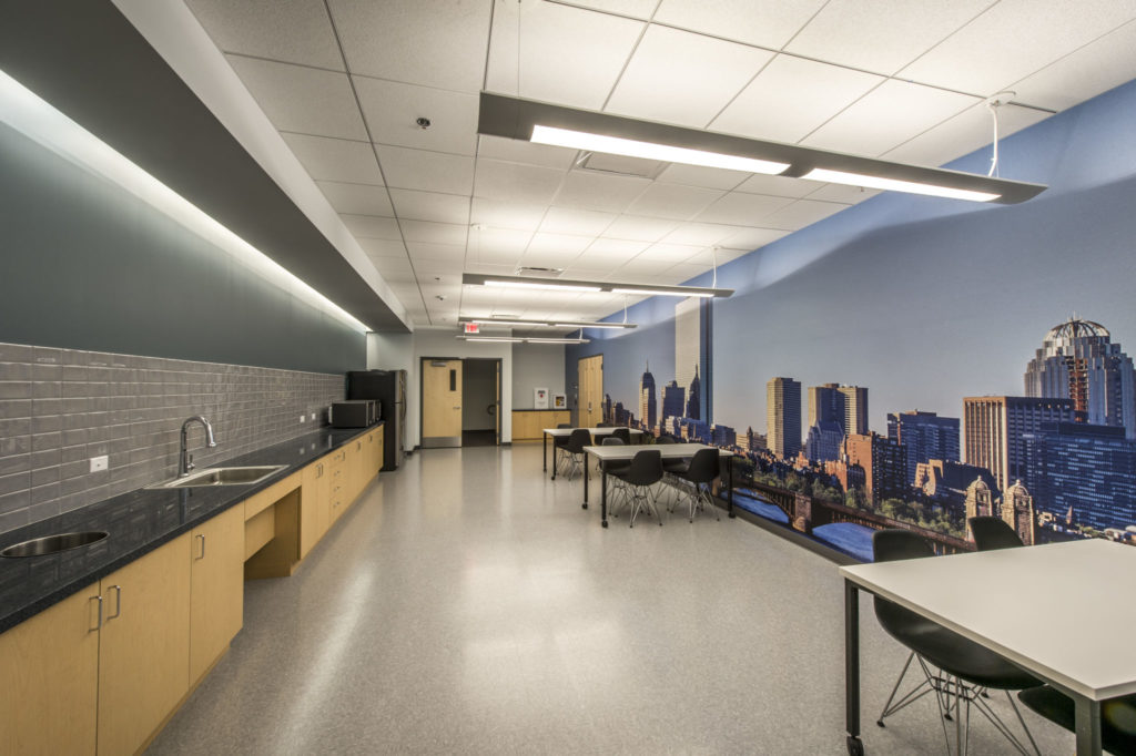 Client: Cube 3 Studios LLC 360 Merrimack Street Buiding 5, Floor 3 Lawrence, MA 01843 Project: Hitachi Data Systems - Waltham, MA For more information Contact Gregg Shupe 508-877-7700 www.Shupestudios.com